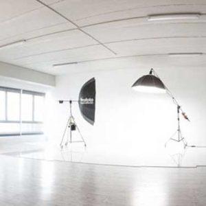 estudio5 llumm 2 300x300 - Estudio 5   1/2 Jornada